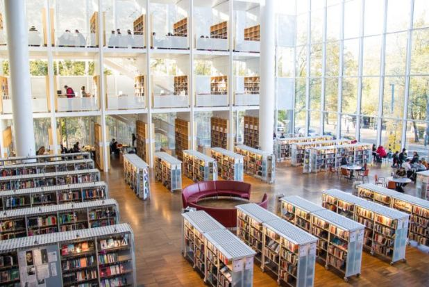 Biblioteca de la ciudad de Malmö, Suecia