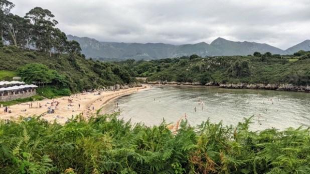 Playa de Póo (Asturias)