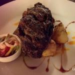Ojo de bife al hierro, salsa criolla y papas rusticas - Los Cauquenes Resort - Reinamora Restaurant