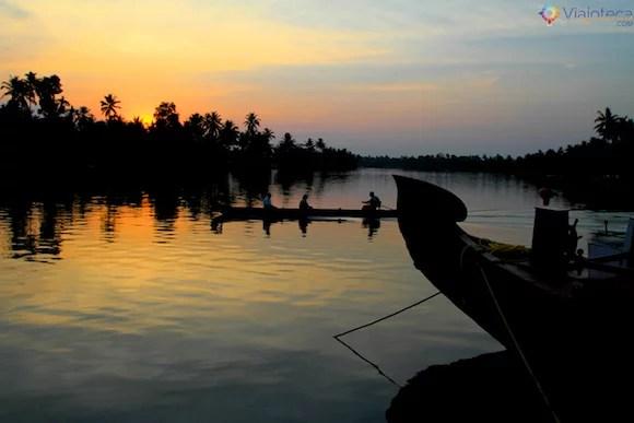 Por do Sol nos Backwaters do Kerala