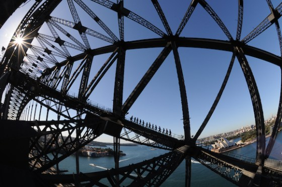 Escalando a Sydney Harbour Bridge (4)