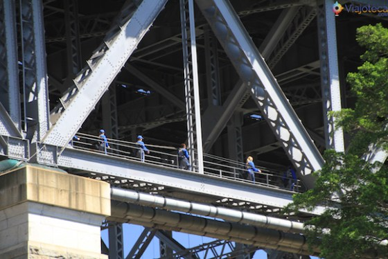 Escalando a Sydney Harbour Bridge (5)