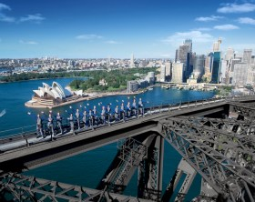 Escalando a Sydney Harbour Bridge