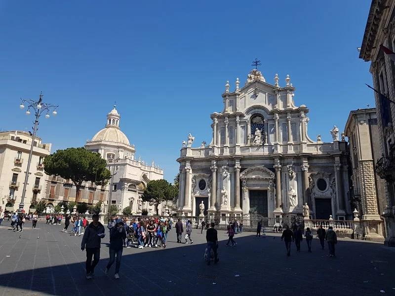 Atrações de Catânia Piazza Duomo2