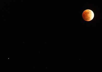 eclipsed moon with Saturn 1