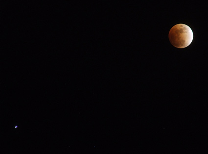 eclipsed moon with Saturn 2