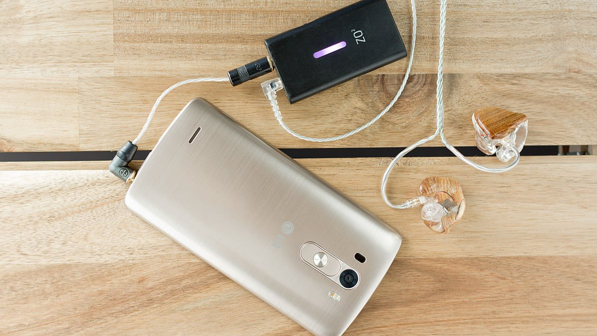 LG G5 Dengan External Audio Amplfier dan Earphone In-ear Monitor