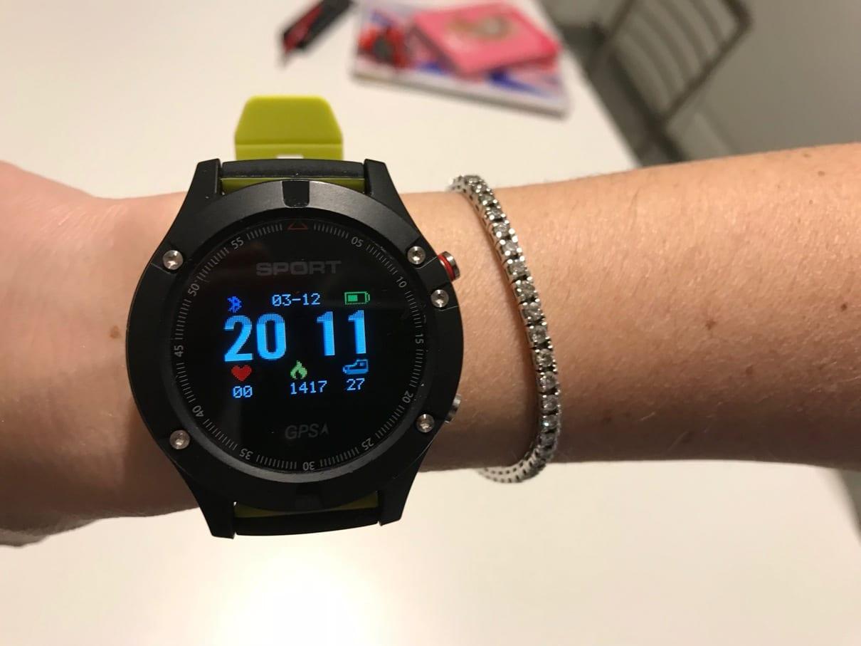 Contoh Smartwatch Copertina No.1-F5
