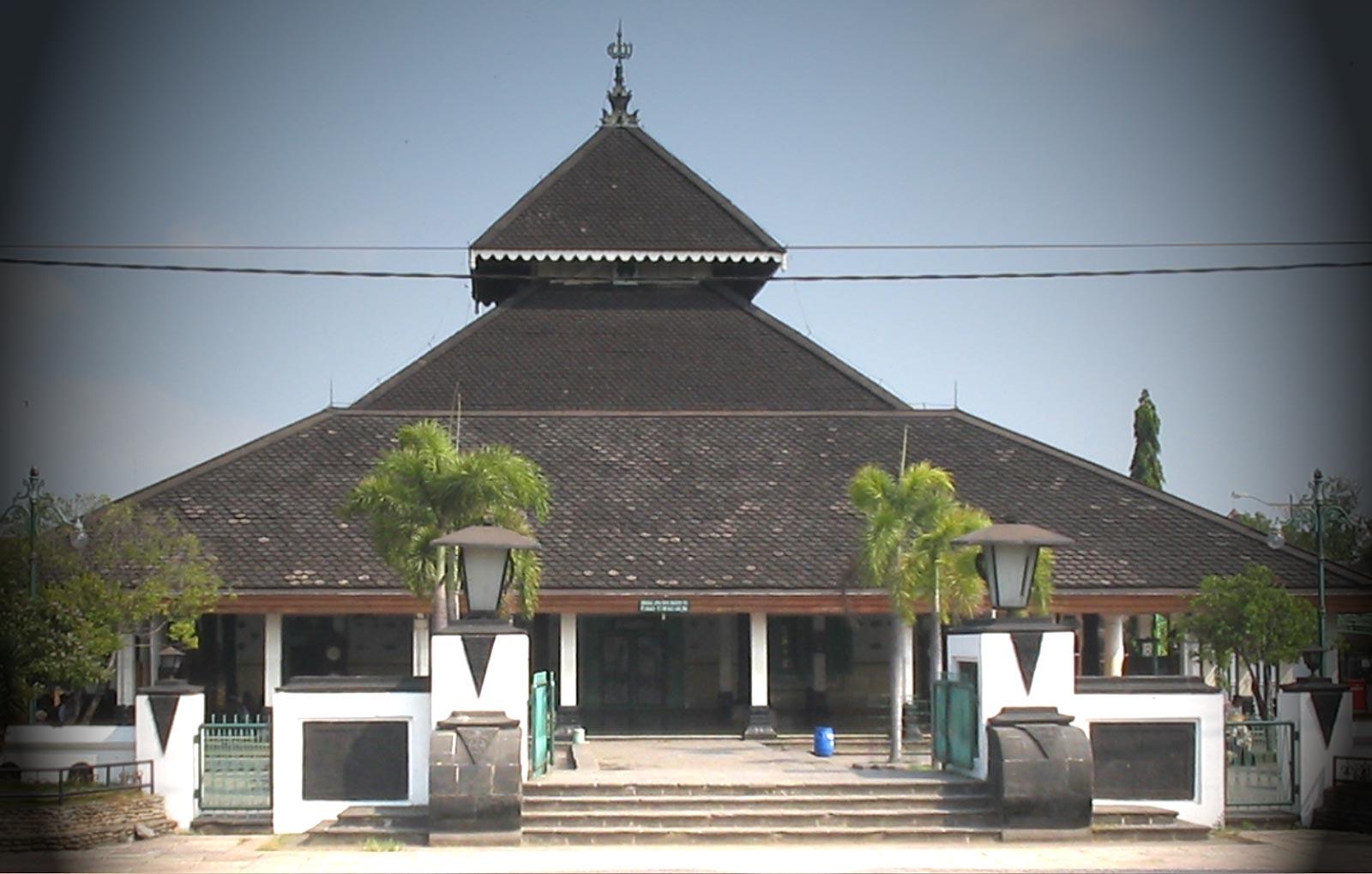 Masjid Demak, Peninggalan Dari Kerajaan Islam Demak