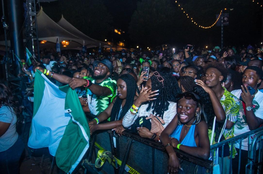 Wizkid fans reppin' Nigeria