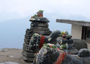 Bijli Mahadev temple- Nandi