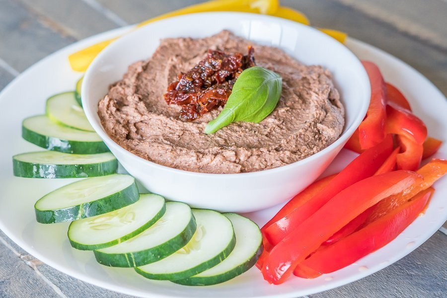 Black bean hummus with vegetables