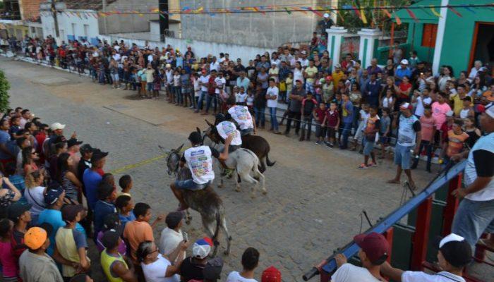 Festival Regional de Jericos movimenta Vila Murupé, em Vicência, em meio à greve dos caminhoneiros