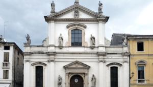 800px-Santa_Maria_in_Foro_dei_Servi_Vicenza_facciata_01
