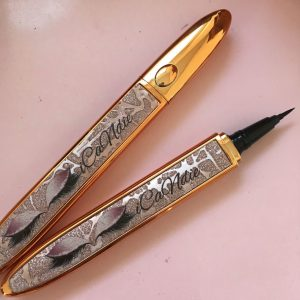 Eyeline Glue Pen