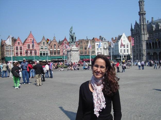 Eu em Bruges, na Markt. Foto: Guilherme Calil.