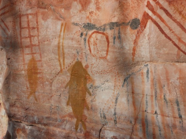 Pinturas rupestres no Sítio Arqueológico das Paridas. Foto: Marcelle Ribeiro