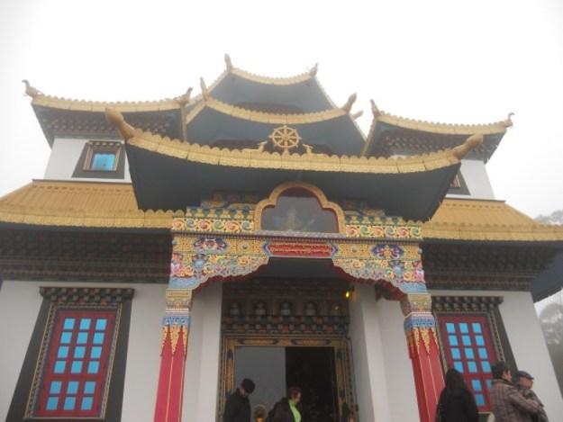 templo budista em tres coroas rs