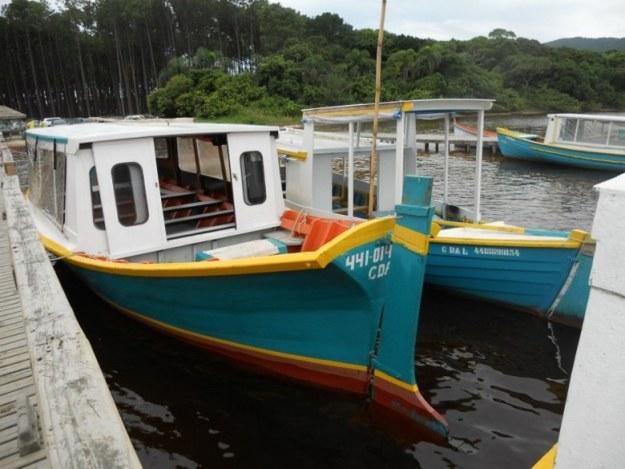 costa da lagoa da conceicao barco