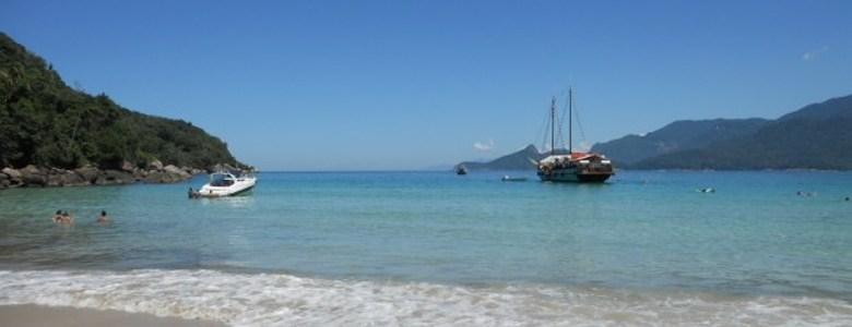 As 10 praias mais bonitas do Brasil (você tem que ir!)