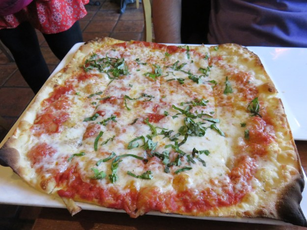 A receita da pizza de margherita é do pai da Romina, que tinha uma pizzaria em Roma (Marcelle Ribeiro)