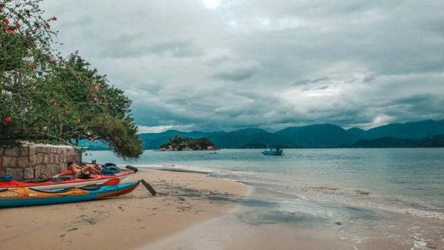 ilha do malvao praias de paraty