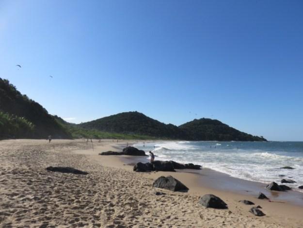 o que fazer em balneario camboriu praia buraco