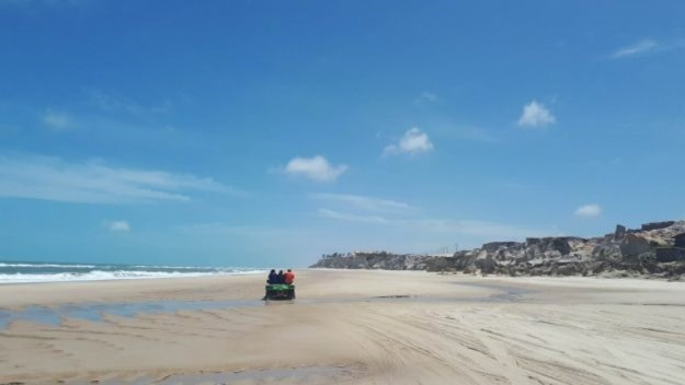 passeio de buggy na beira da praia passeio das 3 praias