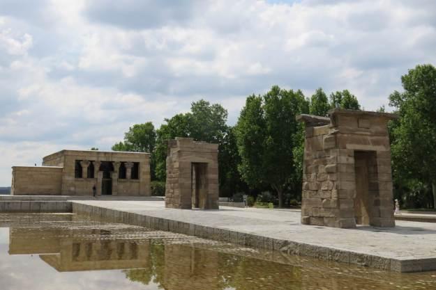 madrid-templo-debod-exterior