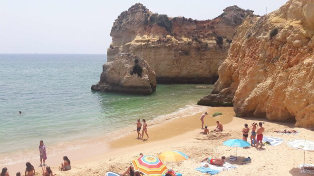prainha portimão melhores praias de portugal