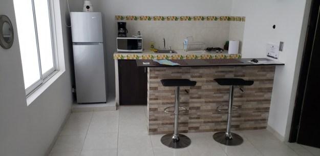 ilha de providencia pousada lkjay cozinha