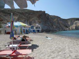 praia firopotamos ilha de milos