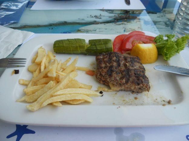ilha de milos grecia restaurante sirocco hamburguer