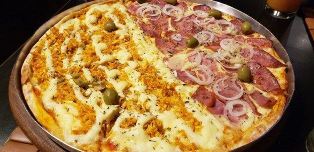 onde comer em barreirinhas pizza bambaê