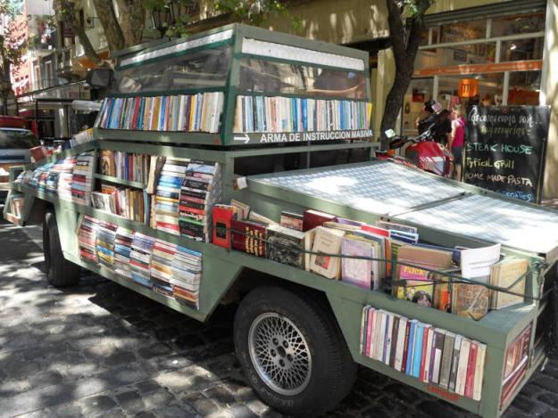 livros feira san telmo