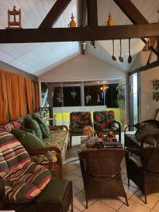sala sítio angra airbnb rj