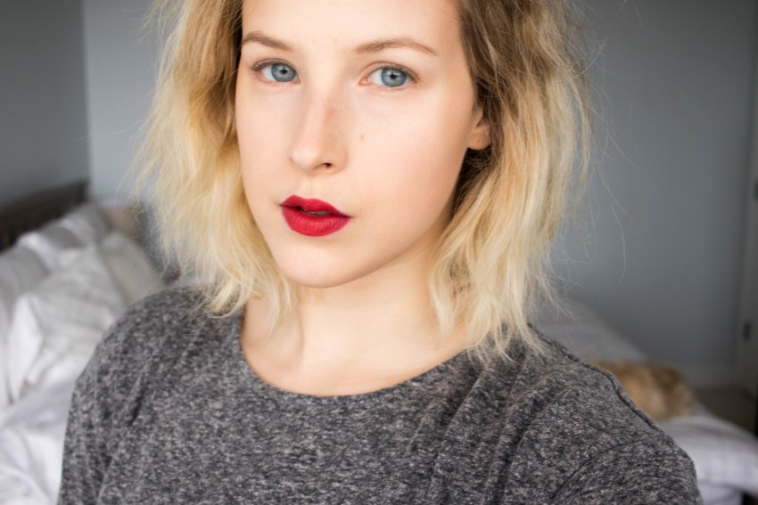 No Eye Makeup and Red Lipstick tutorial featured by top US beauty blog, VICILOVES