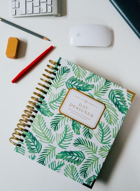 The Day Designer - www.viciloves.com - @viciloves1