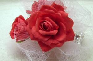 How to Make a Wrist Corsage - The Easy Way