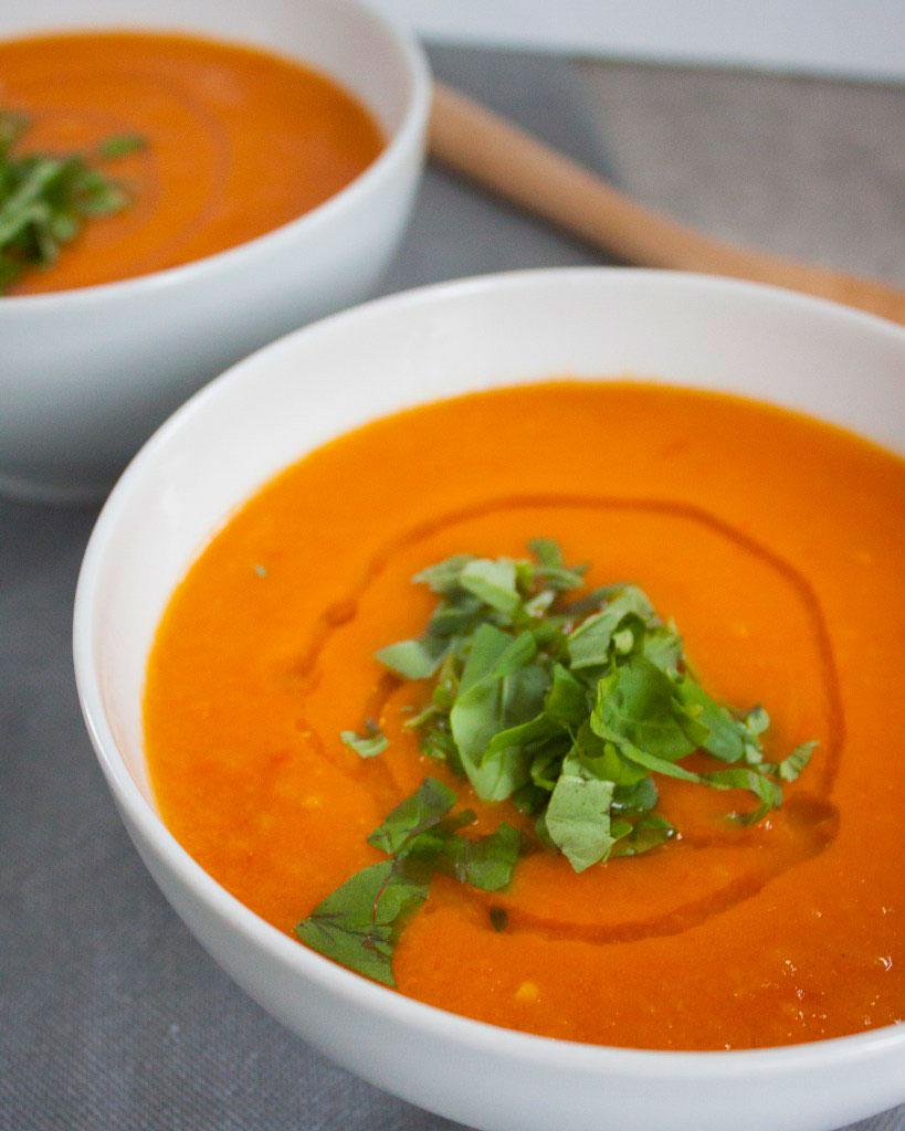 Vicky van Dijk | Tomatensoep met gegrilde paprika's