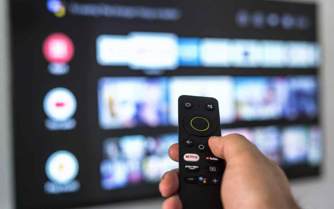 Realme Smart TV remote controller looks