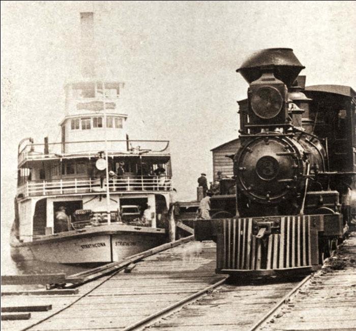 Sternwheeler SS Strathcona and V&S locomotoive #3 at the Sidney Docks circa 1902 Courtesy of BC Archives