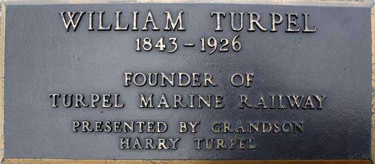 Plaque 34 William Turpel