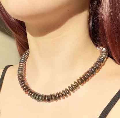 Bronze colour disc button pearl necklace