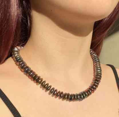 Bronze button disc pearls