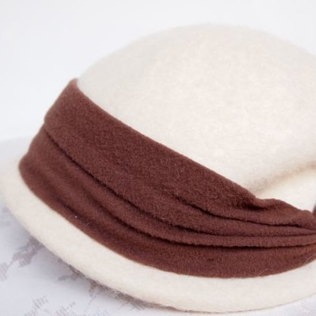 Original Vintage 1950's Cream and Brown Felt Winter Bridal Hat No.105