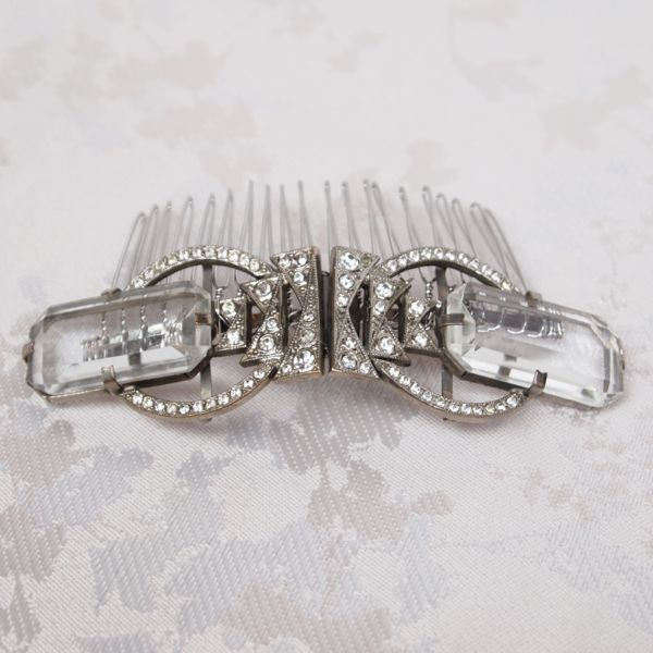 SOLD - Vintage Art Deco Bridal Hair Comb No.126