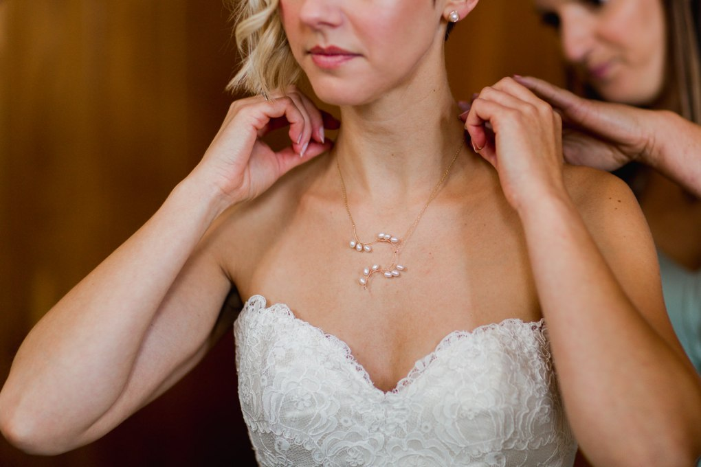 bespoke pearl wedding necklace london