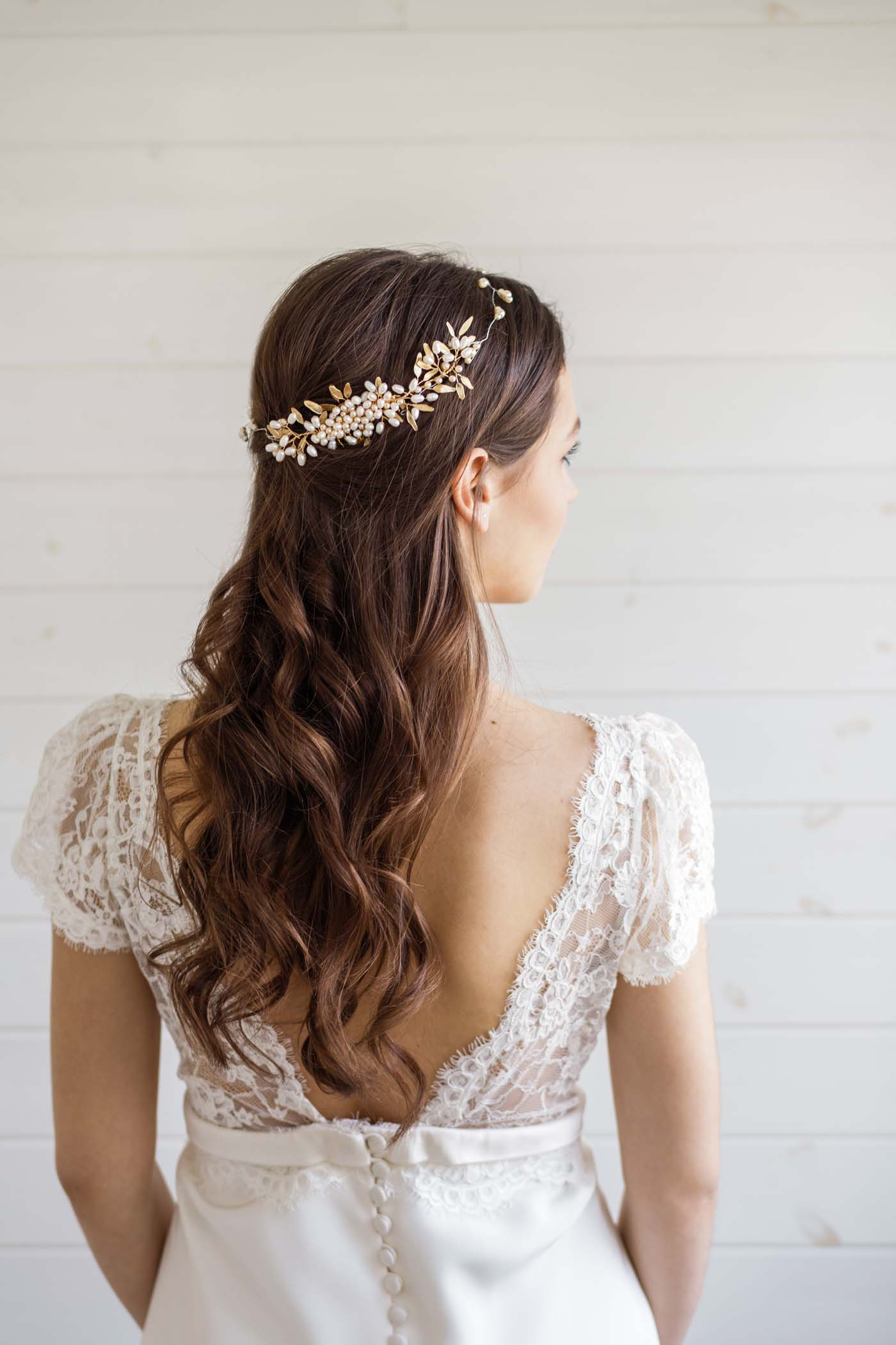 Aster Pearl Wedding Hair Comb Victoria Millesime