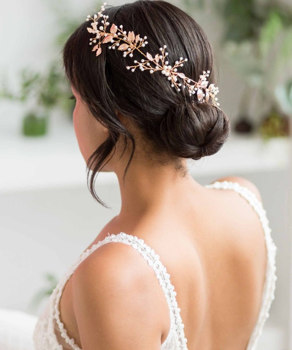 Ethansa-Long-Gold-Pearl-Wedding-Hair-Vine